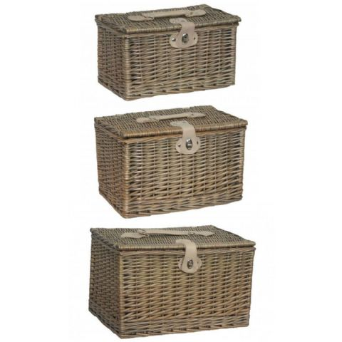 Suffolk Antique Effect Stacking & Nesting Wicker Bedroom Storage Trunks H 28 x W 44cm